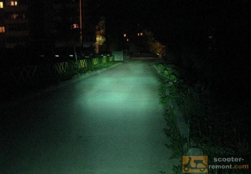 Как светит ксенон на скутере