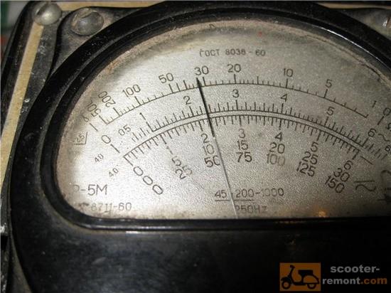 Второй замер сопротивления на регуляторе Показания омметра при проверке регулятора  напряжения скутера b4f1962014858