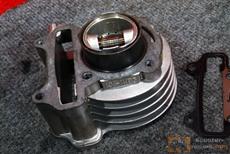 Проверка цилиндра четырехтактного скутера
