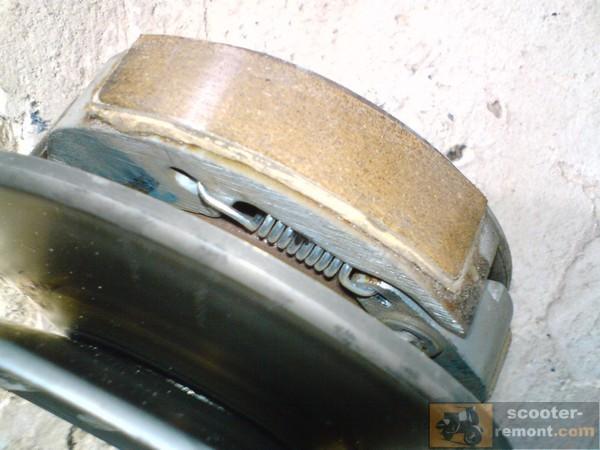 Пружинка сцепления Honda Lead