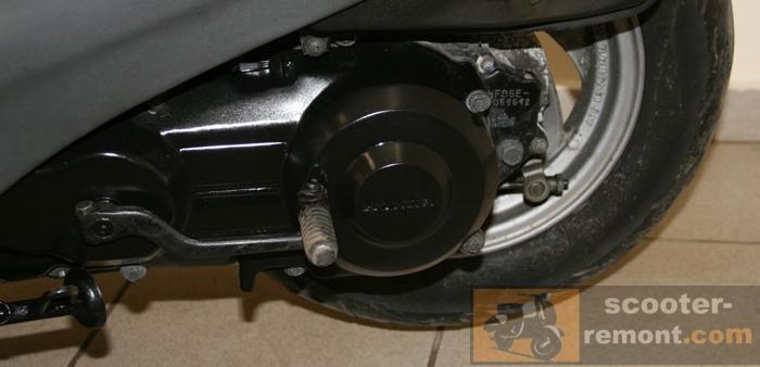 Двигатель Honda Lead 90