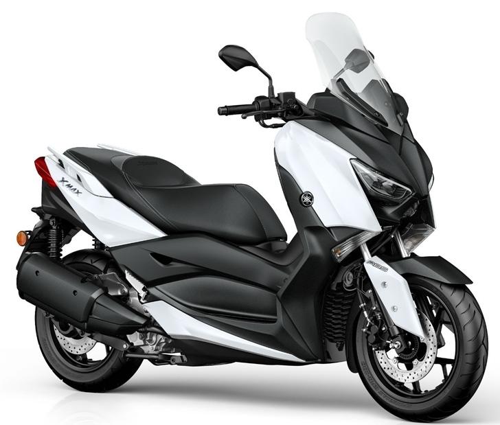 Yamaha Xmax 300 217 в белом цвете